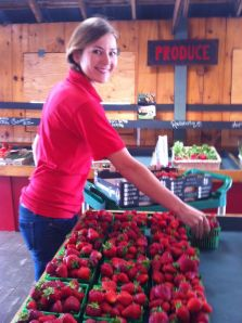 reesors_strawberry-market